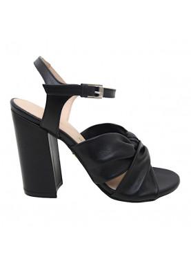 sandalo nero tacco carmens
